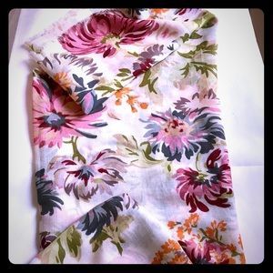 Lucky brand oblong scarf floral print